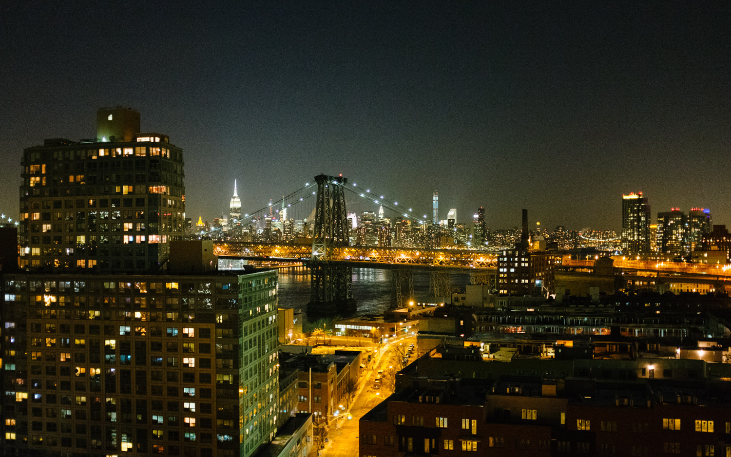 manhattan skyline from Brooklyn roof top