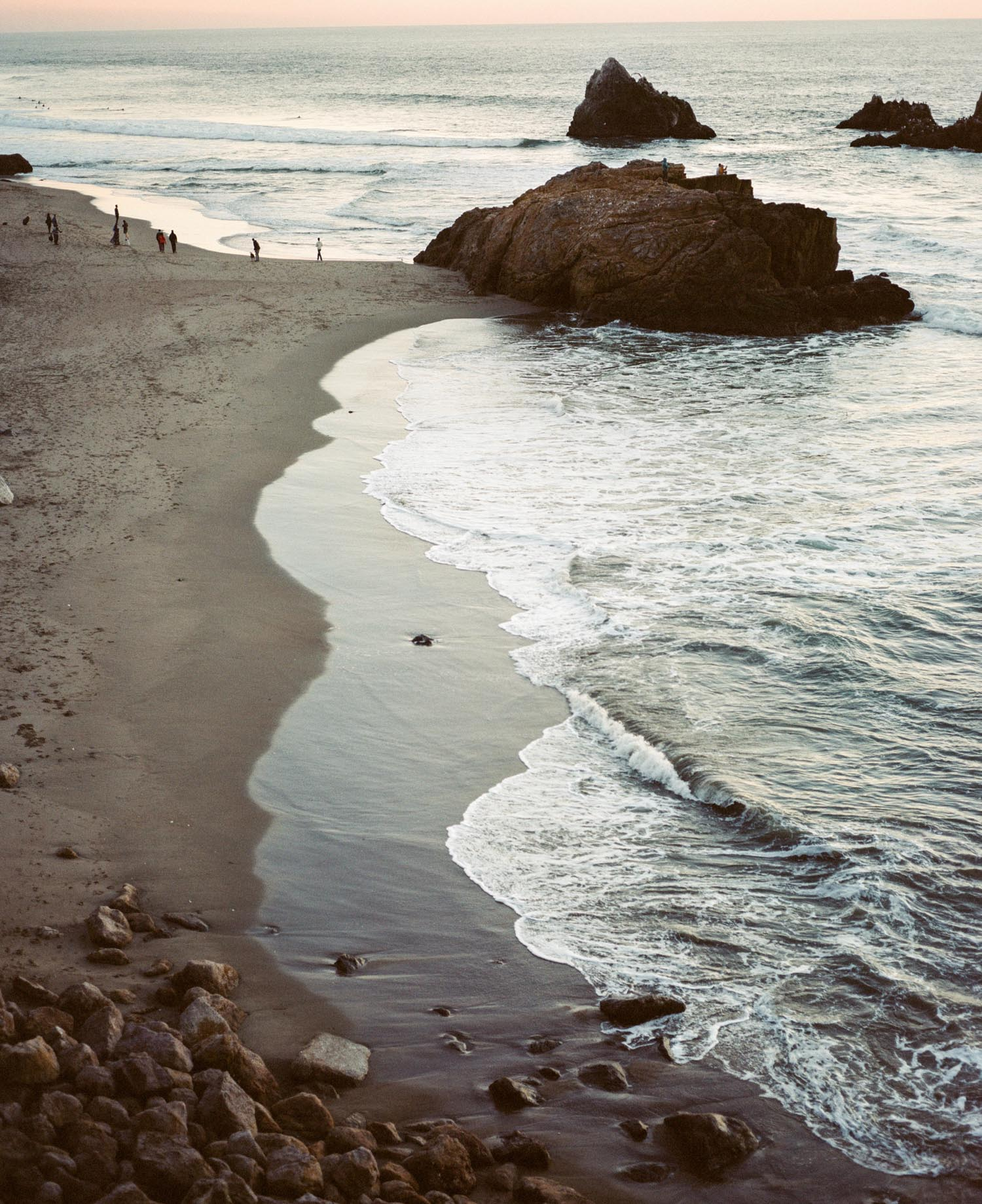 san fransisco beach rocks