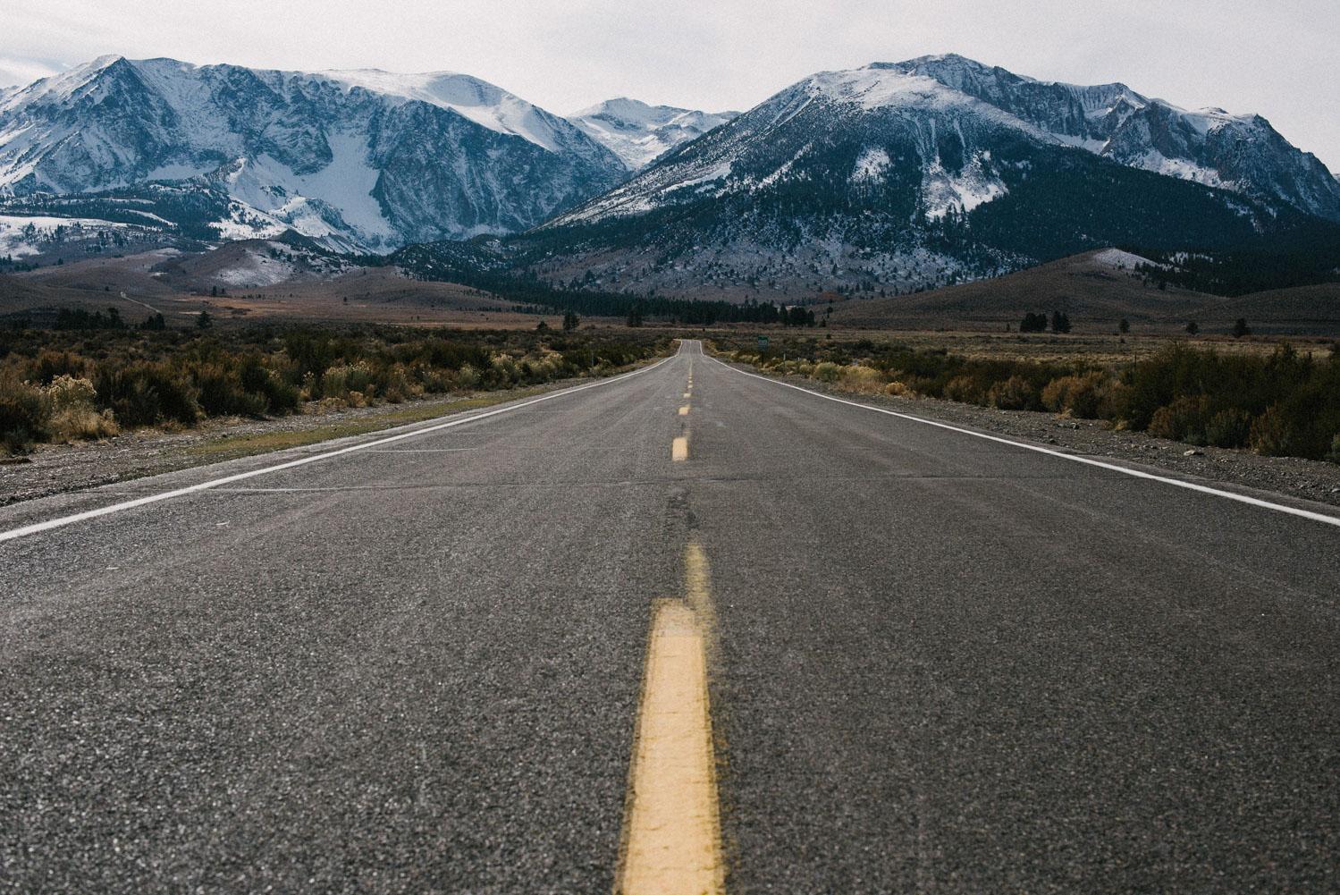 road in Yosemite park