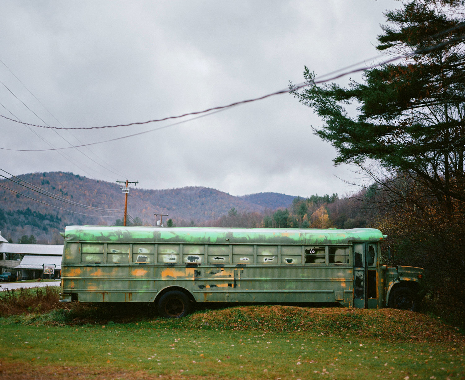 deserted bus in pittsfield
