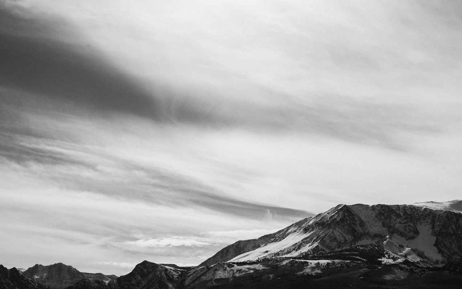 black and white skies and mountains in Yosemite