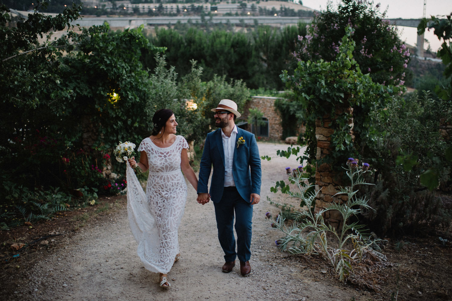 bride and groom in Jerusalem mountains
